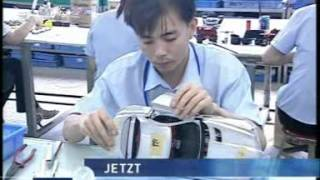 Traffic in China Part 1 - CMC Model Car Documentary