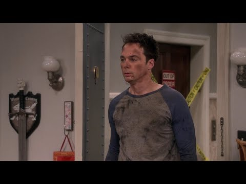 The Big Bang Theory - Sheldon wears flip flops