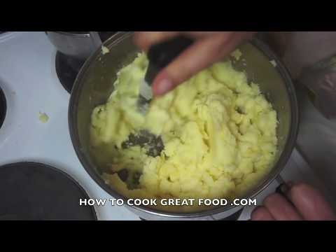 Video How To Make Shepherds Pie Cottage Pie - Potato with Beef or Lamb - Simple easy Recipe