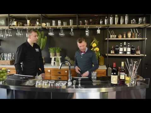 Vermouth cocktail Negroni maken en Americano maken.