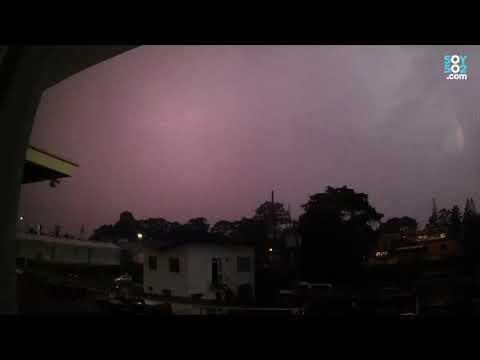 Espectacular tormenta eléctrica ilumina el cielo guatemalteco