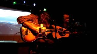 "Juliana Hatfield Evan Dando ""What Is Wrong"" 11/2/10 Live"