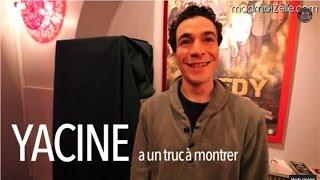 Yacine Belhousse, sa borne d'arcade et son jeu de stand-up