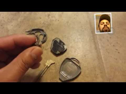 Cómo cambiar el chip de una llave rota a una nueva