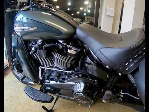 Silver Pine/Spruce 2020 Harley-Davidson® Heritage Classic 114