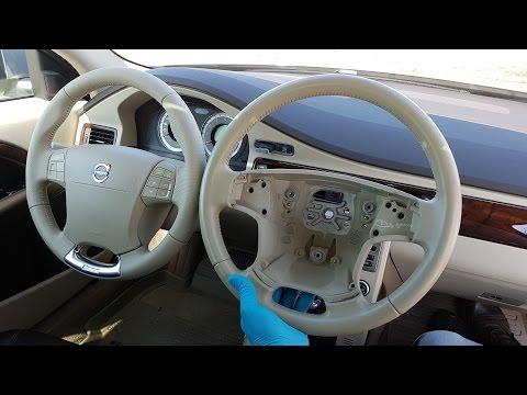 Volvo R-design Steering Wheel Accessorie installation.