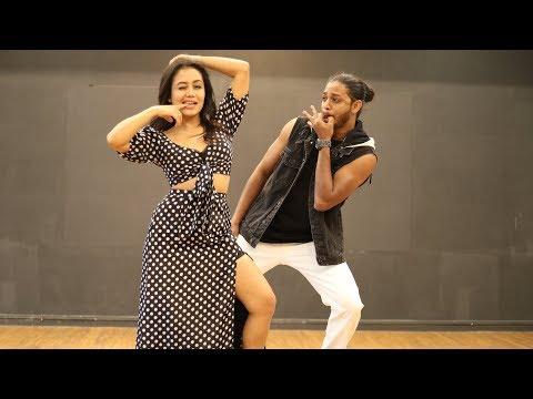 AANKH MAREY   NEHA KAKKAR dances to her own song   Melvin Louis