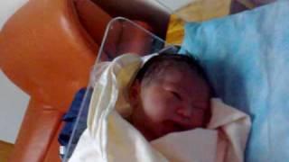 宝宝刚出生