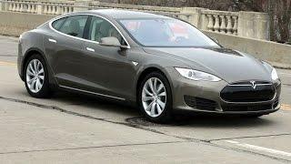 Tesla : la mise à jour logicielle à 2500 € - DQJMM (1/3)