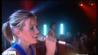 "DIDO "" White Flag "" (Live: Top of the Pops Show 2004) HQ"