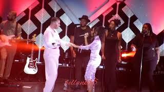Fancam: (Dancing With A Stranger) Sam Smith & Normani @ Jingle Ball LA 2019  12619