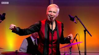 Annie Lennox - I Put A Spell On You (Live On The Andrew Marr Show)