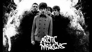 Arctic Monkeys   Baby I'm Yours