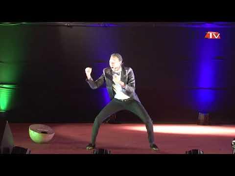 Nuit du rire :Lucky Thioky dans ses oeuvres