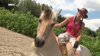 Reiten, Balancieren, Chillen: Amelie Mohr Und Ihr Pferd Toffy