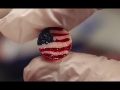 Old fashioned candy shop makes American flag candies and drops some flag history!