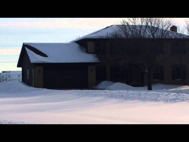 Video showing one house with proper insulation and ventilation and one house without....