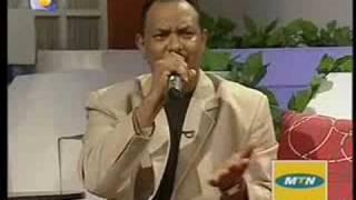 تحميل اغاني عاصم البنا..أغاني2008..عيون الصيد MP3