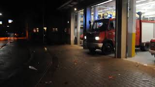 preview picture of video 'Einsatzfahrt Feuerwehr Wallertheim zum PKW-Brand'