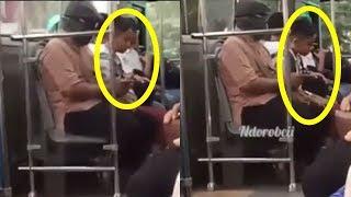 Gerak-geriknya Jadi Perhatian, Ternyata Siswa SD Ini Salat di Dalam Bus saat Pulang Sekolah