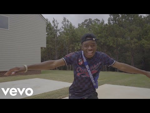 Lavaado - Switch It Up (Music Video) Prod. By Cub$kout | #SwitchItUpChallenge
