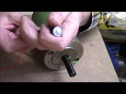 5.3 Kilo Elektro-Motor läuft mit 1.5 Volt Batterie (Mignon, AA).....