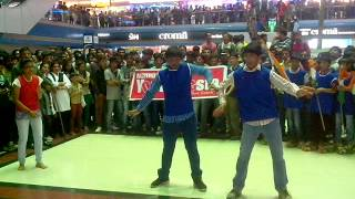 Jay-Genius Astro Youth Fiesta 2014 Flash Mob Crystal Mall Rajkot 26-01-2014