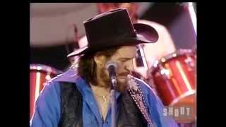 """Waylon Jennings – """"Lucille (You Won't Do Your Daddy's Will)"""" (Live at the US Festival, 1983)"""