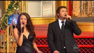 Yanni & the Yanni Voices - O Holy Night (Disney Parks Christmas Day Parade 2009)