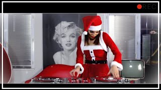 DJ Lady Style - Christmas is here, this year Santa Claus is a DJ....
