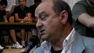 Galatina Ipsia Martinez Le Lacrime Di Enzo Mauro Ed Il Saluto Dei Suoi Studenti