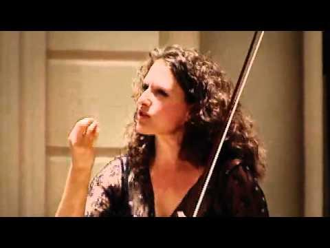 play video:Liza Ferschtman - NTR Podium Masterclass