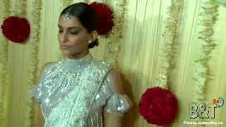 Sonam Kapoor Looks Beautiful at Diwali Celebration Party By Ekta Kapoor - Must Watch
