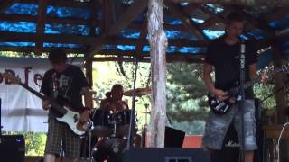 Video Na Smiech - Aký je to pocit ? ( Live FFUD FEST. 3 )