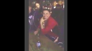 Геннадий Головкин пьет кумыс с казахами в баре Нью-Йорка после боя