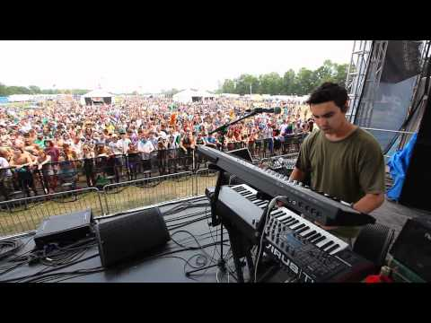 Papadosio - Cue LIVE HD | Camp Bisco X