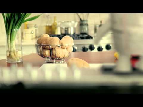 Breakstone's Commercial for Breakstone's Sour Cream (2011) (Television Commercial)
