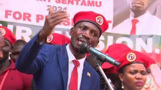 Bobi Wine ayanukudde gavumenti ku kumuwa abakuumi