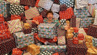 Opening 100 Mystery Christmas Presents! $10,000 is hidden in 1