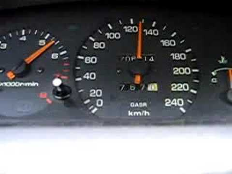 Der Toyota das Duett der Aufwand des Benzins
