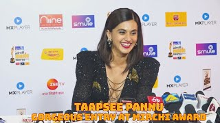 Taapsee Pannu Gorgeous Entry At Mirchi Music Award(Video)
