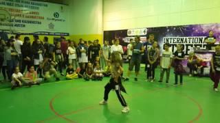 Данэлия Тулешова в полуфинале Street dance session Astana 2016