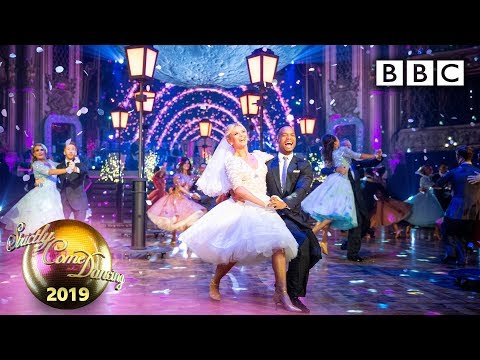 Strictly Pros' spectacular moon-themed routine - Blackpool Results | BBC Strictly 2019