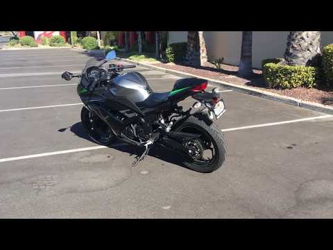 2015 Kawasaki Ninja® 300 SE in Murrieta, California