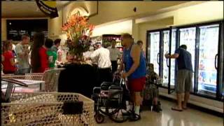 Bigger Safeway Opens On Beretania, Old Location Up For Sale