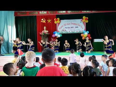tiết mục múa chào mừng Ngày hội đến trường của bé năm học 2019-2020