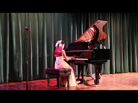 Victoria exhibits a stunning performance at the Winter Wonderland Recital 2017.