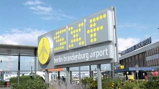 preview picture of video 'Airport Region BER. Follow me!'