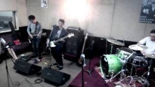 AVA Indo - Bullets In The Wind (Angels & Airwaves Cover)