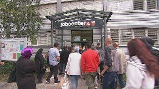 Бедные люди: в Германии растет армия малоимущих трудящихся